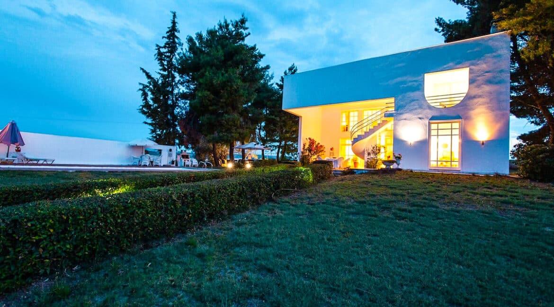 Villa in Kallikratia Halkidiki, House for sale in Halkidiki Greece, Halkidiki Properties 3