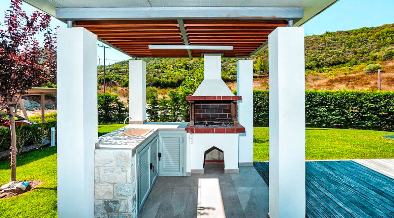 Villa in Kassandra Halkidiki, Pefkohori Halkidiki for sale. Halkidiki Properties 4