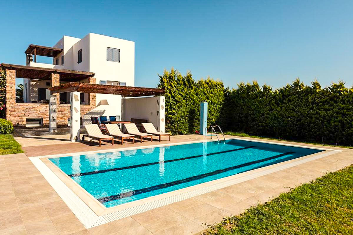 Villa is in Rhodes Island, just 200 m from the beach.