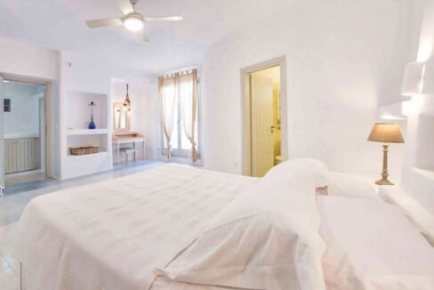 Sea view Villa Paros Island, Golden Beach Paros Property for sale. Paros Homes for Sale 8