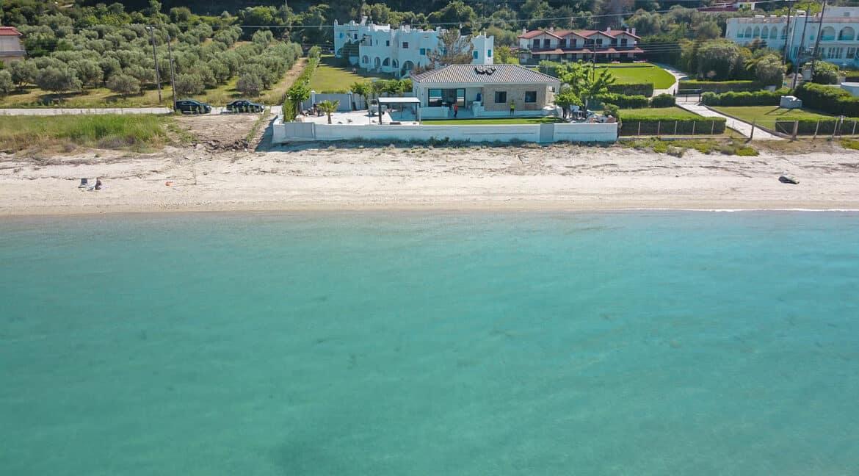 Seafront Villa Kassandra Chalkidiki for sale, Halkidiki Luxury Properties. Buy Villa in Halkidiki Greece. Real Estate Halkidiki Greece