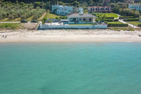 Seafront Villa Kassandra Chalkidiki for sale, Halkidiki Luxury Properties. Buy Villa in Halkidiki Greece. Real Estate Halkidiki Greece