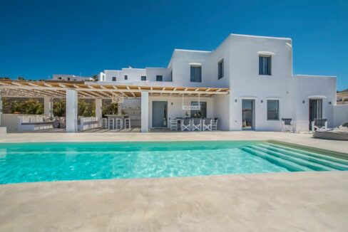 Villa within walking distance to the beach in Naxos Cyclades Greece