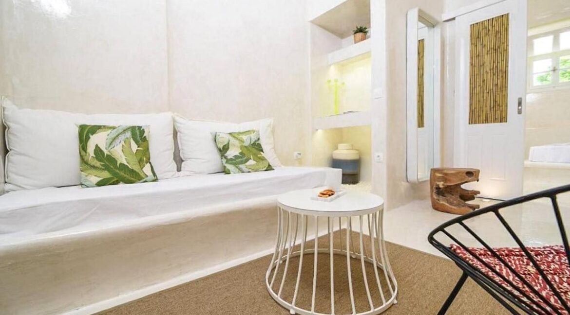 Apartment in Mykonos, Buy investment property in Greece. Apartment for sale Ornos Mykonos 1
