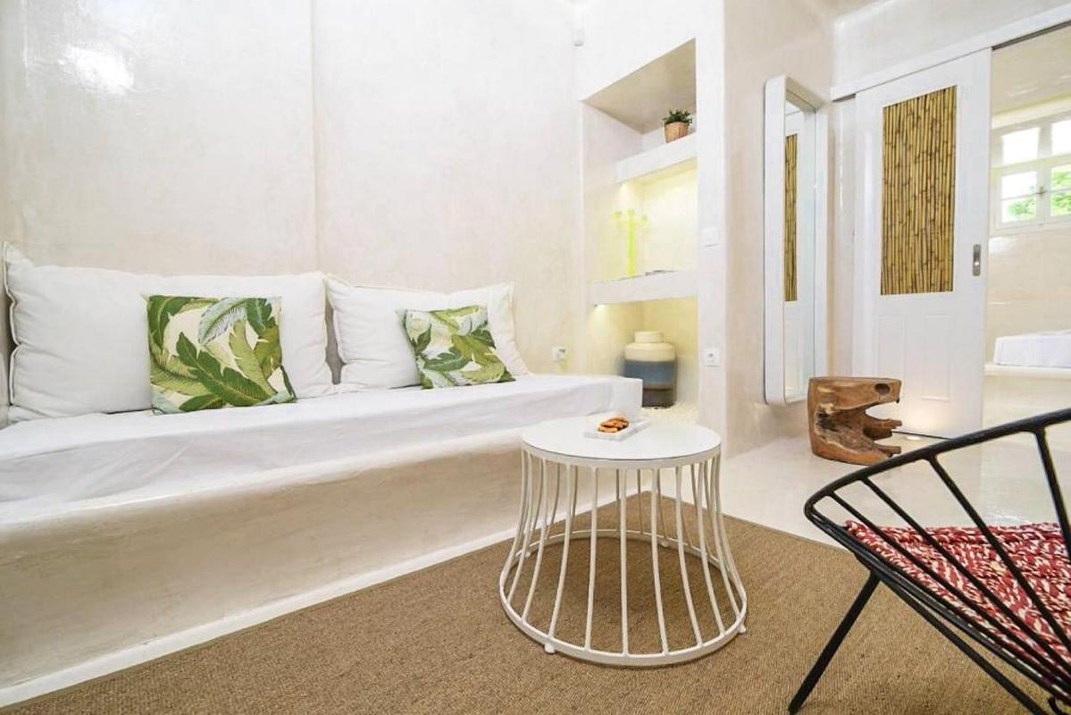 Great Investment : Apartment in Mykonos,  2minutes walk from the beach!