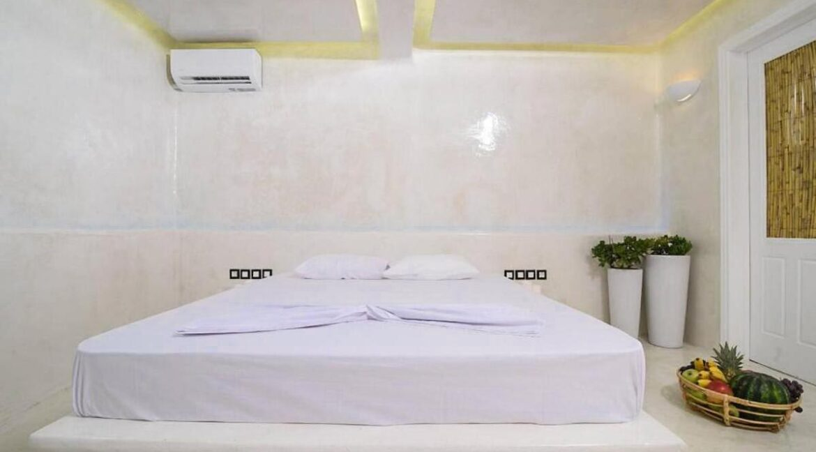 Apartment in Mykonos, Buy investment property in Greece. Apartment for sale Ornos Mykonos 13