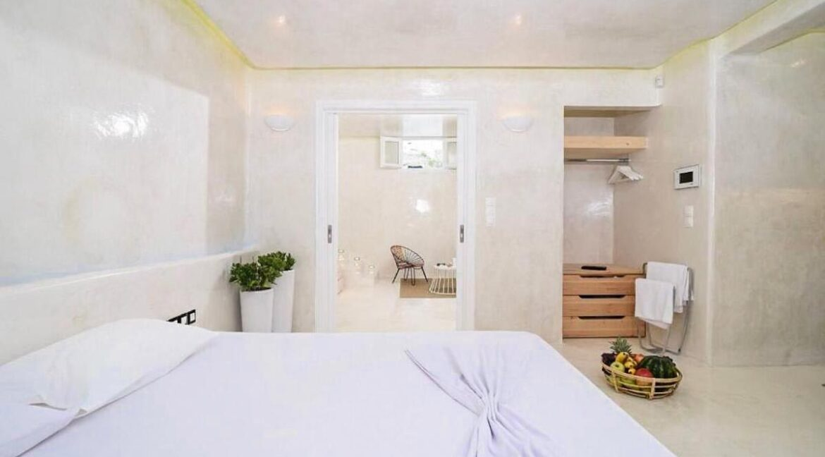 Apartment in Mykonos, Buy investment property in Greece. Apartment for sale Ornos Mykonos 15