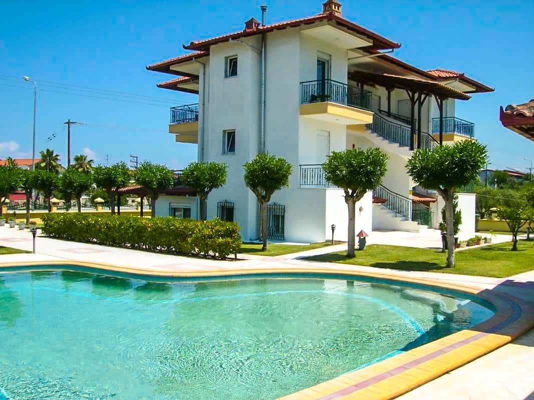 Hotel of 12 Studios in Kassandra Halkidiki