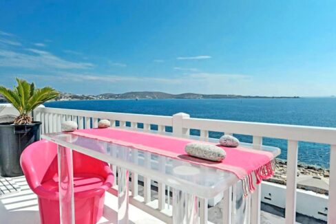 Studio With Roof Terrace In The Heart of Parikia Paros, Apartment with Sea view Paros Greece for Sale 19