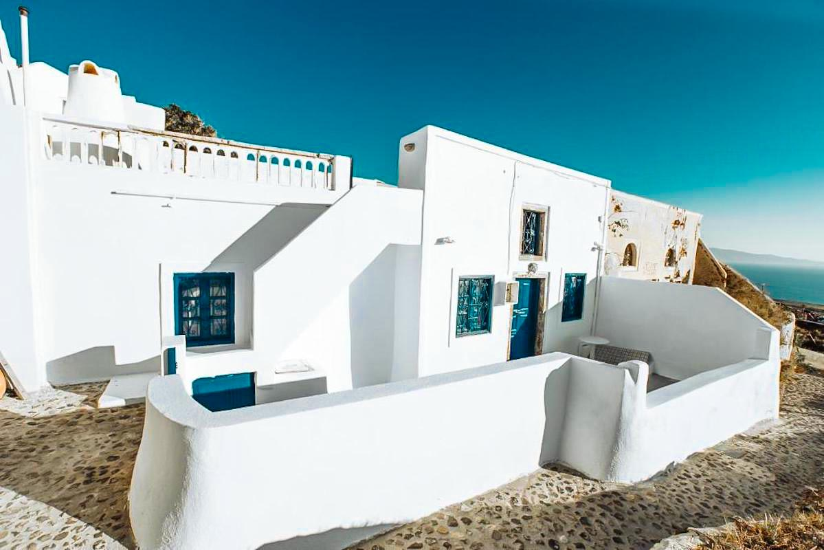 2 Bedroom Villa in Oia Santorini