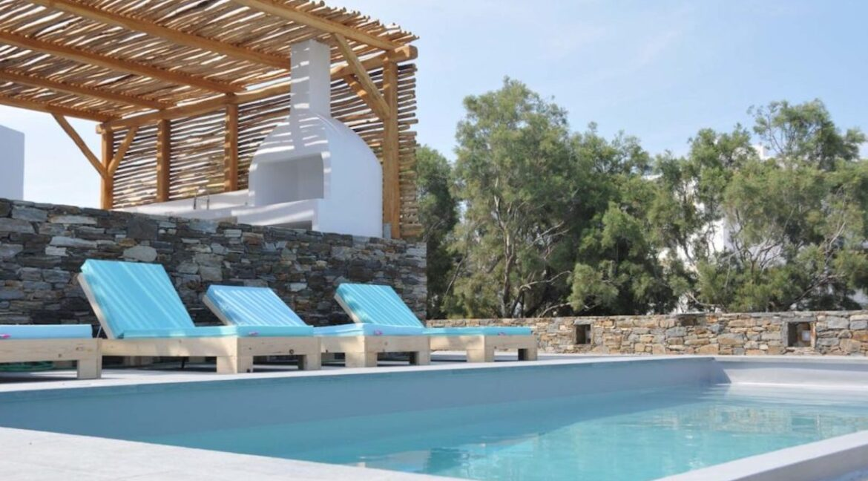Villa on The Beach in Naxos Island in Greece for sale, Naxos Properties for sale. Properties for sale in Naxos Greece 2