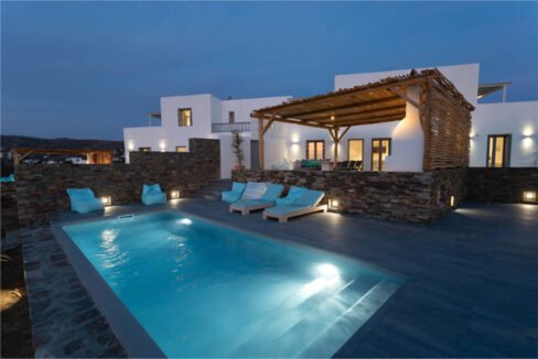 Villa on The Beach in Naxos Island in Greece for sale, Naxos Properties for sale. Properties for sale in Naxos Greece 5