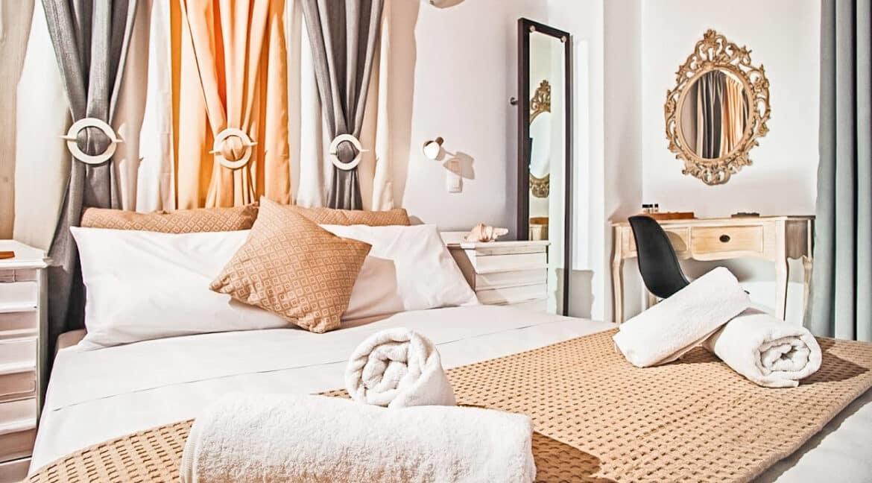 House for sale Santorini Greece in Kamari beach, Santorini Residencies 25