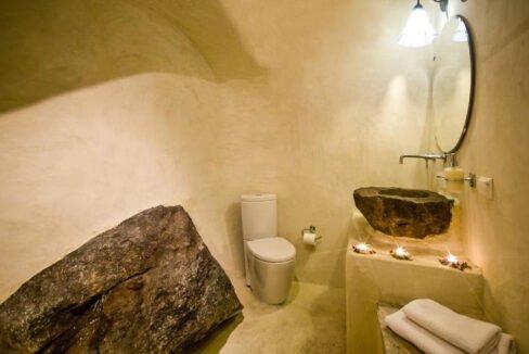 Houses for sale at Caldera of Oia Santorini, Santorini Properties 19