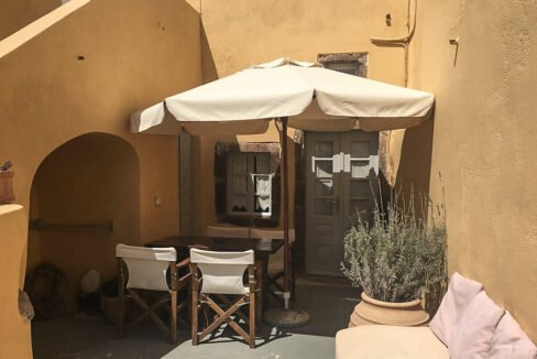 Houses for sale at Caldera of Oia Santorini, Santorini Properties 33