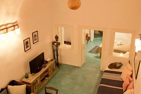 Houses for sale at Caldera of Oia Santorini, Santorini Properties 53