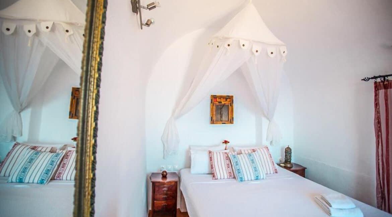 Houses for sale at Caldera of Oia Santorini, Santorini Properties 8