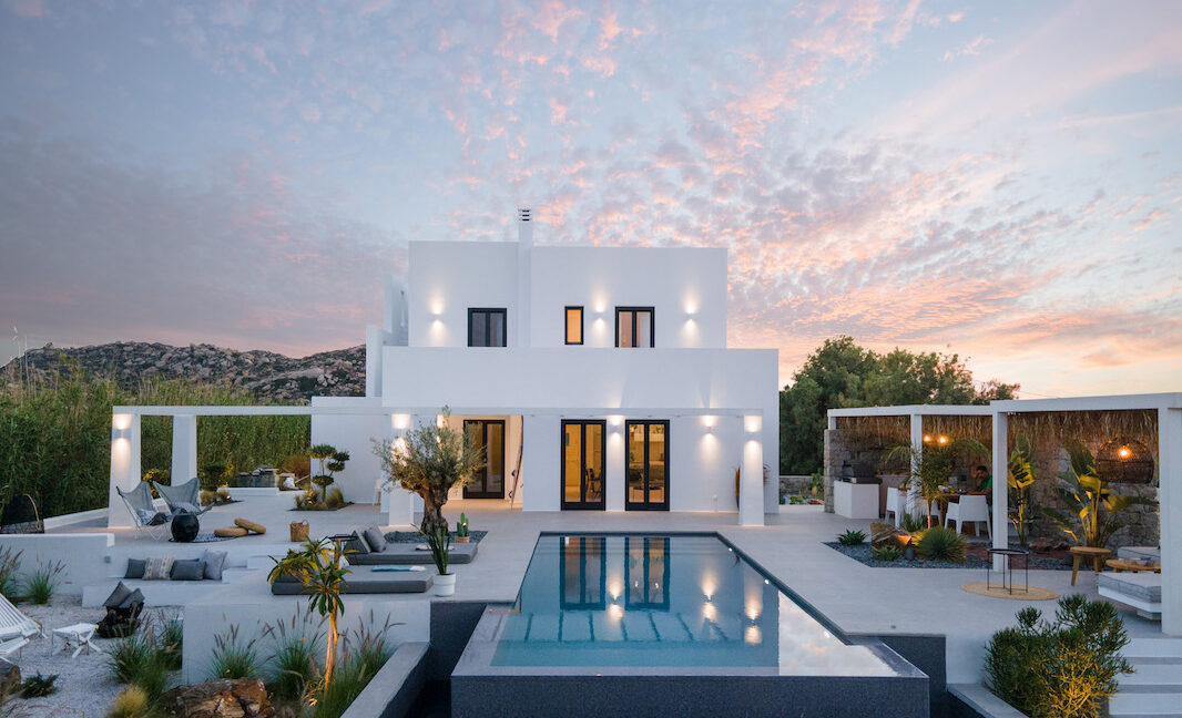 Property for sale Plaka Naxos Greece, Naxos Greece Properties. Properties in Greek islands for sale