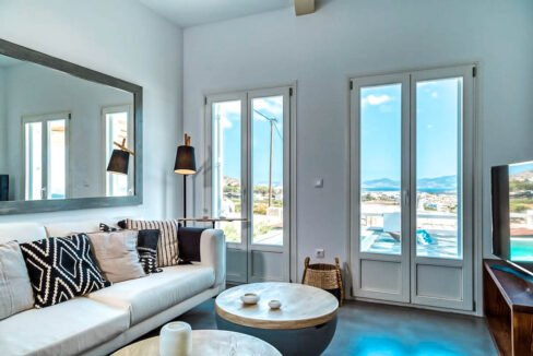 Beautiful Property Paros Greece for sale, Paros Homes for Sale, Paros Realty. Villas in Paros 25