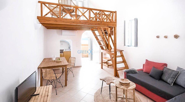 Cave House Oia Santorini for Sale, Caldera Suite Santorini for Sale. Santorini Homes for sale3
