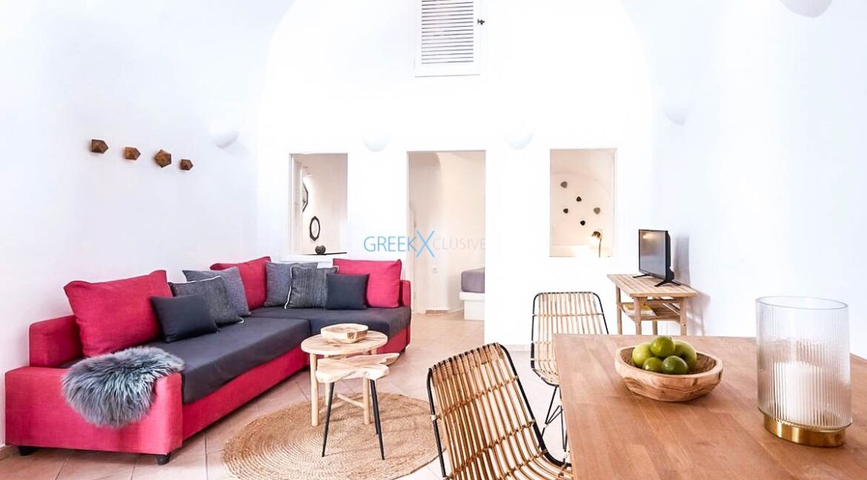 Cave House Oia Santorini for Sale, Caldera Suite Santorini for Sale. Santorini Homes for sale5