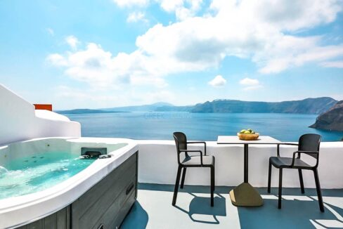 Cave House Oia Santorini for Sale, Caldera Suite Santorini for Sale. Santorini Homes for sale
