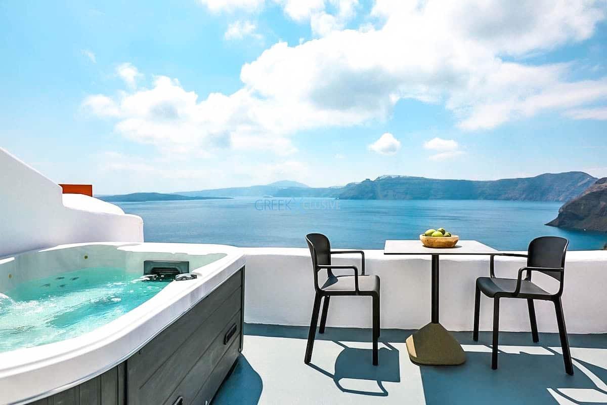 Cave House Oia Santorini for Sale, Caldera Suite