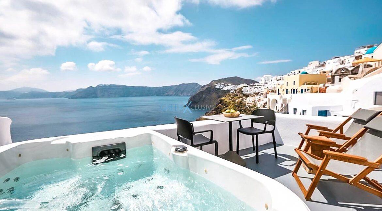 Cave House Oia Santorini for Sale, Caldera Suite Santorini for Sale. Santorini Homes for sale7