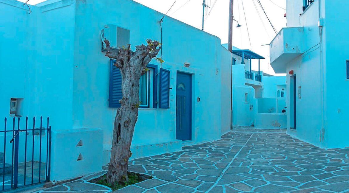 Economy House in Paros Cyclades Greece for sale, Cheap House in Greek islands, Home for Sale Paros Greece 10