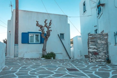 Economy House in Paros Cyclades Greece for sale, Cheap House in Greek islands, Home for Sale Paros Greece 6