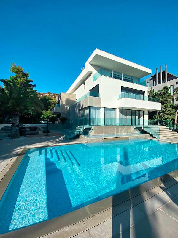 Luxury Villa for Sale in Vouliagmeni Athens