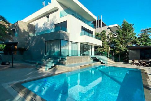 Luxury Villa for Sale in Vouliagmeni Athens. Luxury Estate Vouliagmeni Athens Greece, Luxury Properties in south Athens 24