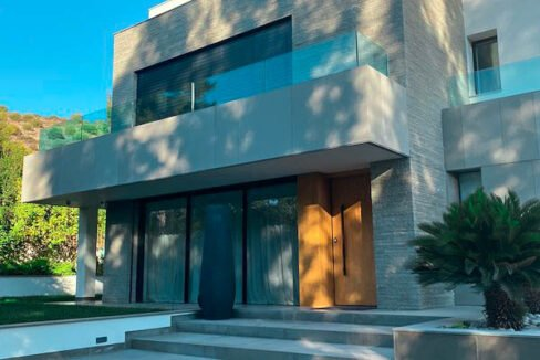 Luxury Villa for Sale in Vouliagmeni Athens. Luxury Estate Vouliagmeni Athens Greece, Luxury Properties in south Athens 5
