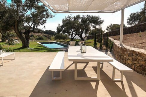 Villa with sea view and pool in Paros Island, Paros Homes for Sale, Paros Real Estate. Properties in Paros Greece 15