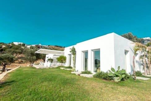 Villa with sea view and pool in Paros Island, Paros Homes for Sale, Paros Real Estate. Properties in Paros Greece 2